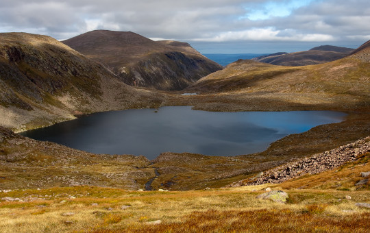 Loch Etchachan in the middle of the Cairngorms