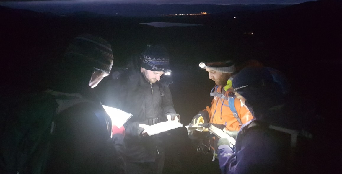 Night navigation course